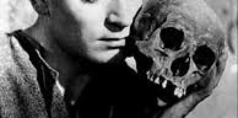 """Stadsteaterns nya pjäs """"Hamlet"""""""